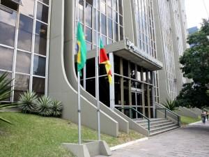 Dirigentes do sindicato falaram com gestor do contrato do IPE