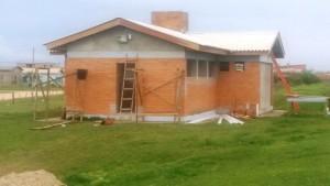 Casa onde vigilante foi baleado não tem portas e  nem janelas