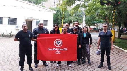 Dirigentes do sindicato levaram o seus apoio aos trabalhadores