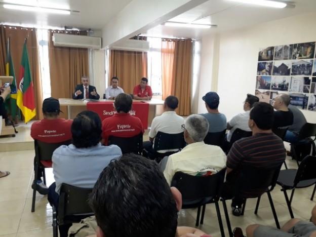 Primeira sessão foi realizada pela manhã