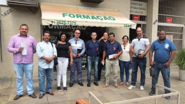 Representantes dos sindicatos que negociaram hoje com o Sindesp