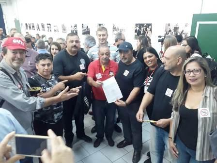Entrega foi na audiência pública em  Porto Alegre