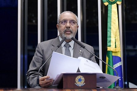 Paim é o único senador gaúcho que já garantiu voto contra a reforma